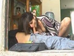 Znuděná manželka ojede opraváře