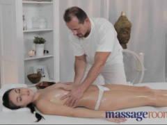 Profesionální masáž se vším všudy (HD)