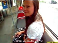 Rychlý prachy – sbalil ji v tramvaji