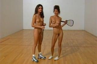 nahé sportovkyně lesbicky