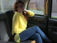 Fake Taxi – zrzatá vysokoškolačka (HD)