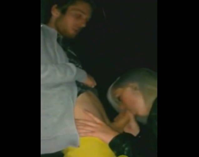 místní první doprovod orální sex