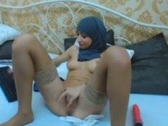 Masturbujicí muslimka na chaturbate