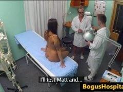 Fake Hospital – zaučený praktikant (HD)