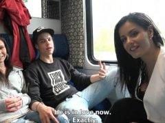 Dva české páry se prohodí ve vlaku