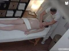 Erotická masáž a šukání s těhotnou