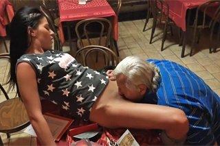MILF porno s mladými