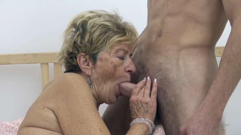 stará babička lesbické porno