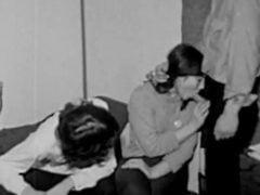 Ztracená holčička – staré černobílé péčko