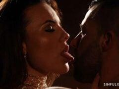Romantická soulož s Českou pornohvězdou Vanessa Decker